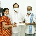 Farmer Phanikera Mallaiah invites CM KCR to his daughter marriage