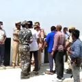 Police brought Kunta Srinu and Chiranjeevi to Sundilla Barrage for scene reconstruction
