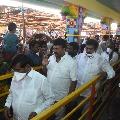 Telangana ministers visits Peddagattu carnival