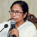 Modi crossing limits says Mamata Banerjee