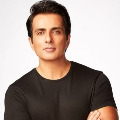 getting calls at midnight also says sonu sood
