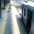 Mumbai Cop Saves Elderly Man from being Crushed Under Train