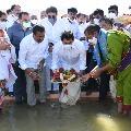 CM Jagan inaugurates Thungabhadra Pushkaralu