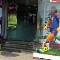 Tamil Nadu bakery pays tribute to Maradona by making 6 feet tall cake of his statue