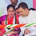 Vijayasanti Wants Rahul to Take Congress President Post