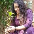 meena accepts green india challenge