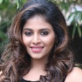 Want to dance on road says Anjali