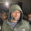 Asaduddin Owaisi Says KCR is only Leader to Stop BJP