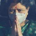Expelled AIADMK leader VK Sasikala leaves for Tamil Nadu