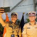 DGP Gautam Sawant takes selfies with his cutout in AP Police Duty Meet