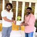 Allu Arjun compliments Palasa movie team