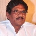 Bharathi Raja criticises Muttaiah Muralitharan