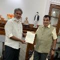 TDP MP Kesineni Nani met union minister Nitin Gadkari in Delhi