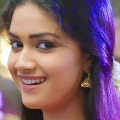 Keerthi Suresh to act opposite Mahesh Babu