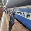 Indian Railways decides to stop all passenger train on Janata Curfew day