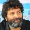 Trivikram Srinivas planning to show Chiranjeevi in full comedy role