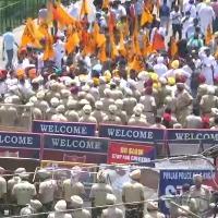 SAD chief Sukhbir Singh Badal detained by Punjab Police amid protest outside CM Amarinder Singh residence