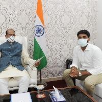 Margani Bharat demands Raghurama Krishna Raju quit the party like Eatala did with TRS
