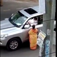 Tamilnadu CM Stalin stops his convoy after spotted a woman on roadside