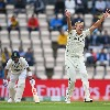India lost captain Kohli wicket on early second day play