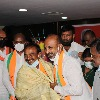 Eatala gets hearty welcome at Telangana BJP Office