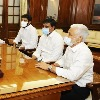 YSRCP MPs meets Lok Sabha speaker