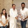 Hero Vishal met Vice President of India Venkaiah Naidu