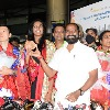 Grand welcome for PV Sindhu in Hyderabad airport