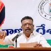 Dasoju Shravan furious on Telangana ministers