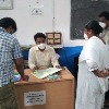 సిబ్బంది సమయపాలన పాటించాలి: వీఎంసీ కమిషనర్
