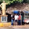 AlluArjun having breakfast at road side tiffin centre near Gokavaram