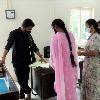 సచివాలయ సిబ్బంది హాజరు పట్టిక, మూవ్మెంట్ రిజిస్టర్ తనిఖీ చేసిన వీఎంసీ కమిషనర్