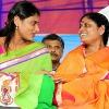 court dismissed case against ys sharmila and vijayamma