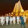 KCR Announce one kilo gold to Yadadri temple