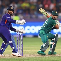 Pakistan beat India for the first time in world cup history