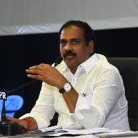 Kannababu fires on TDP leaders