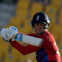 England beat Bangladesh with the the help of Jason Roy lightening innings