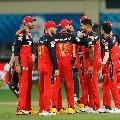 Sunrisers lost Warner wicket early
