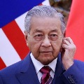 Twitter Deletes Ex Malaysian PMs Tweet For Glorifying Attack In France