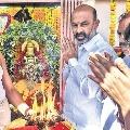 Bandi Sanjay offers prayers at Charminar Bhagyalakshmi Temple along with newly elected BJP Corporators
