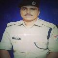 Railway police ran very speedily to help a mother