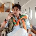 Jyothiraditya Faux pas Vote for Hand