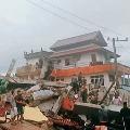Strong earth quake jolts Indonasias Sulawesi