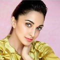 Bollywood beauty contacted for NTR movie