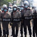 Hundreds of Mayanmar police entered into India