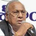 VH warns JC Diwakar Reddy do politics in Andhra instead of Telangana