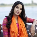 Janhvi Kapoor has a solid response to fans request for a kiss