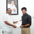 Financial help to Mukku Avinash after his mother hospitalised