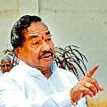 Karnataka minister KS Eshwarappa complains against CM Yediyurappa