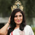 Mrs World 2019 snatches Sri Lankan pageant winners crown off her head